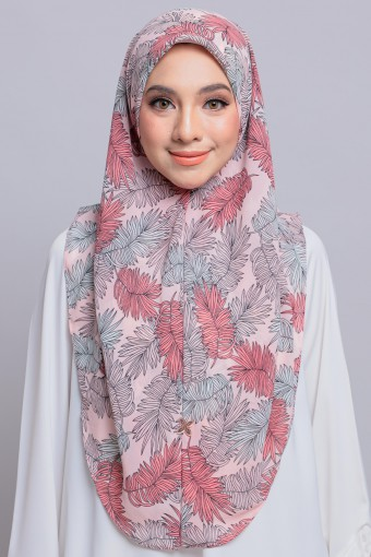 DHIYA IN BLUSH