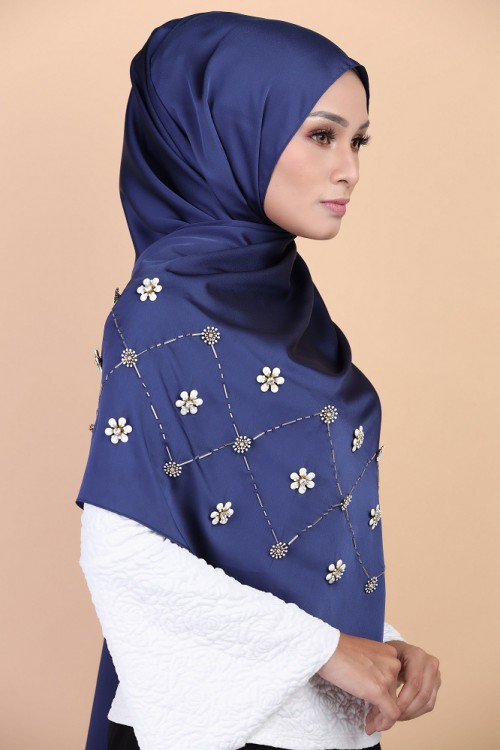 GLIMMER BLOOM in SATEEN NAVY