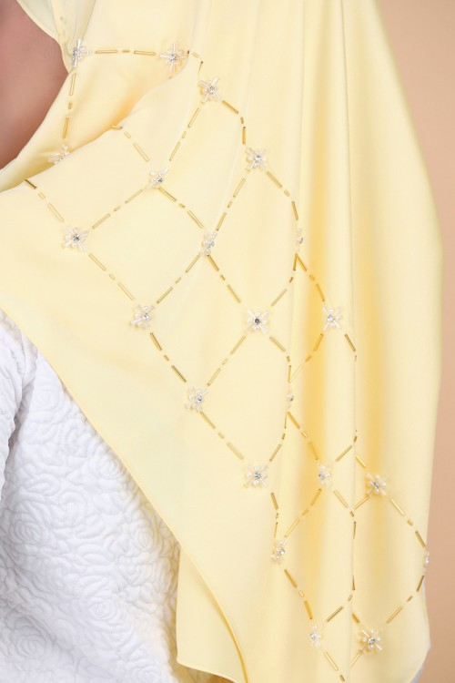 GLIMMER PEARLY GOLD in SATEEN DAFFODIL