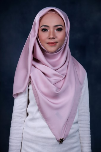 JOLIE BAWAL IN TEA ROSE